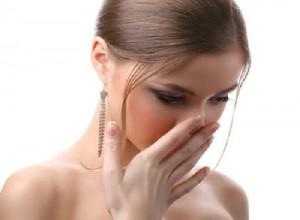 Làm sao để khử mùi hôi nách bẩm sinh vĩnh viễn?