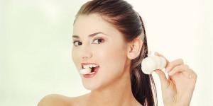 Nên ăn gì để giảm mùi hôi nách khó chịu?
