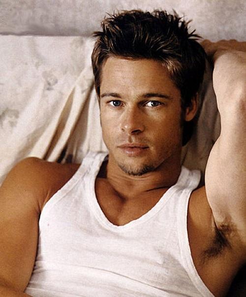 Brad Pitt bị bệnh hôi nách rất nặng