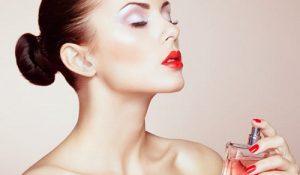 Nước hoa khử mùi hôi nách có hiệu quả không?